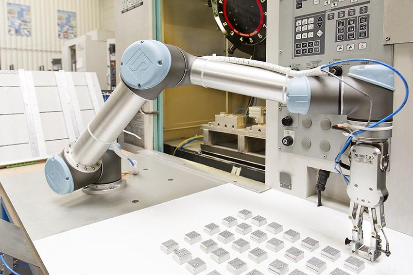 Zalety ramienia robotycznego UR5e