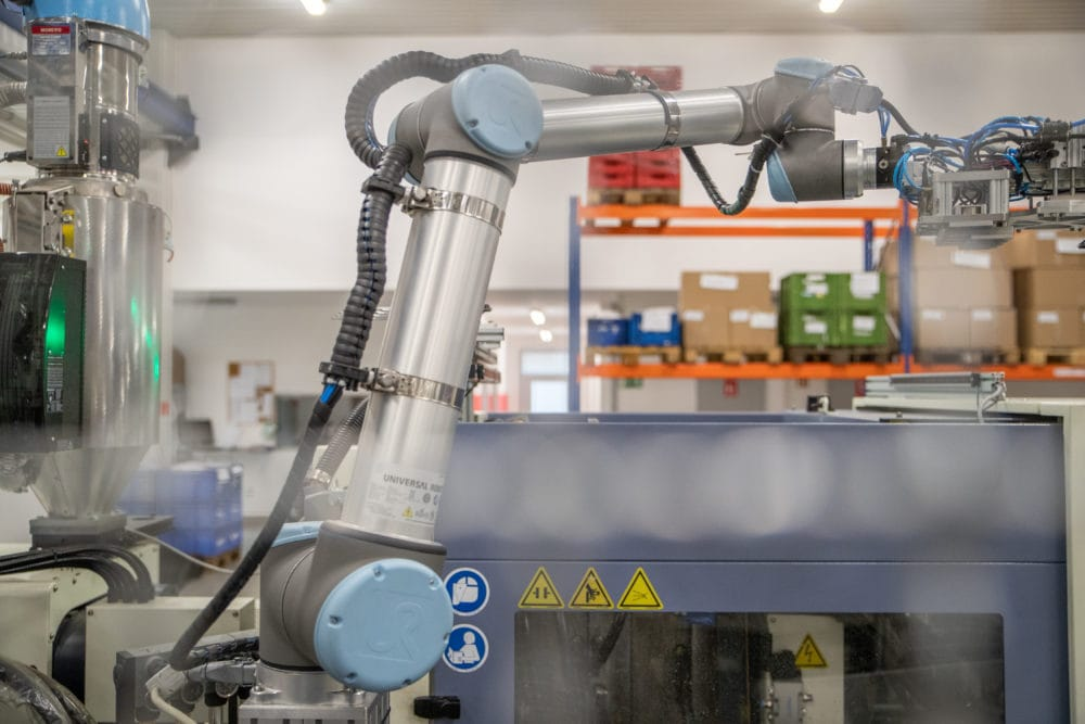 Dane techniczne robota współpracującego UR10