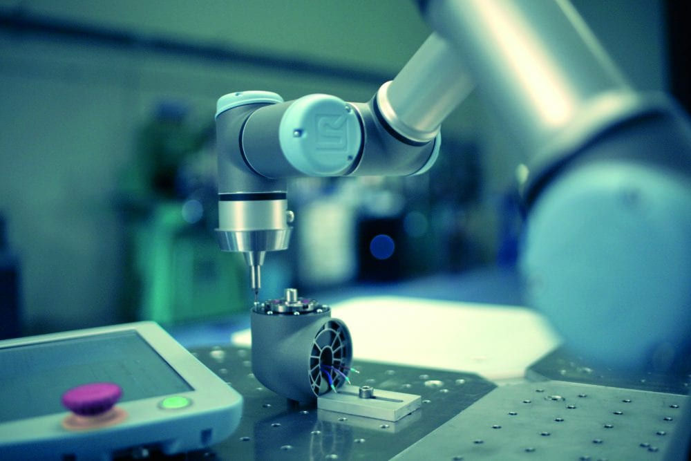 Robot współpracujący UR3 zalety urządzenia